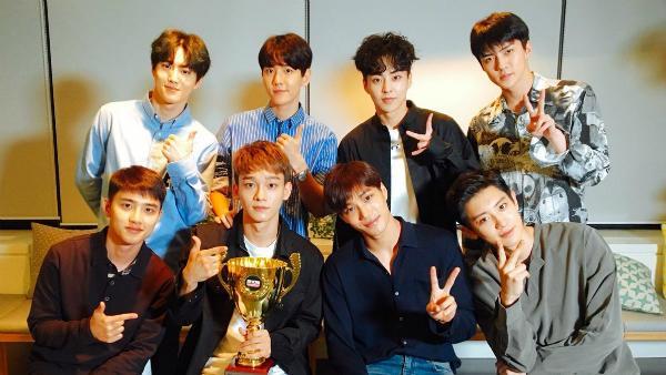 BXH thương hiệu nhóm nhạc nam tháng 1: BTS đánh bại Wanna One chiếm ngôi đầu bảng-4