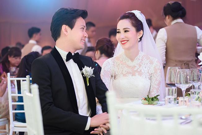 Chồng đại gia hé lộ điều bất ngờ khi Hoa hậu Đặng Thu Thảo mang bầu-2