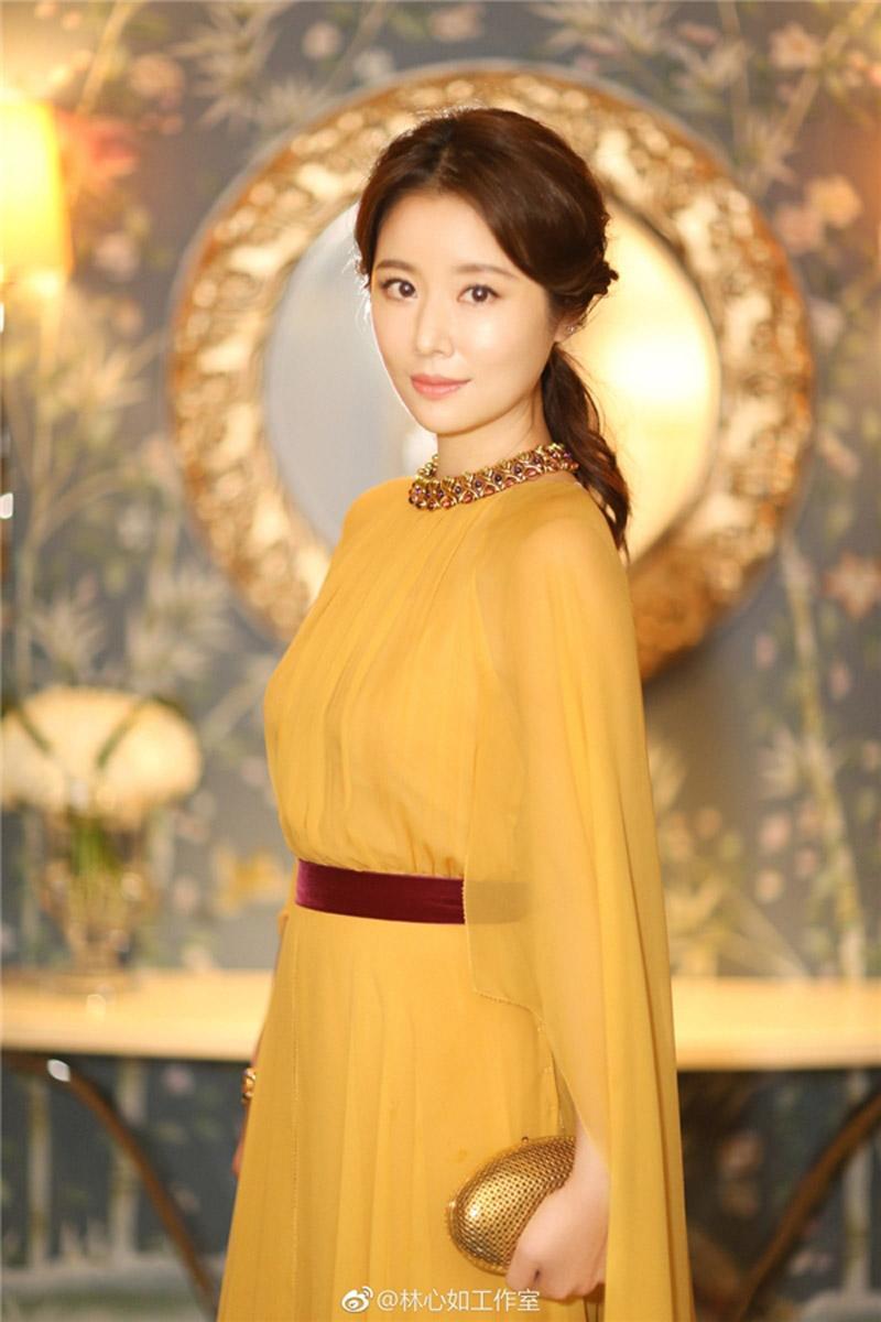 Các gái một con trông mòn con mắt còn không học ngay gu thời trang của Lâm Tâm Như!-1