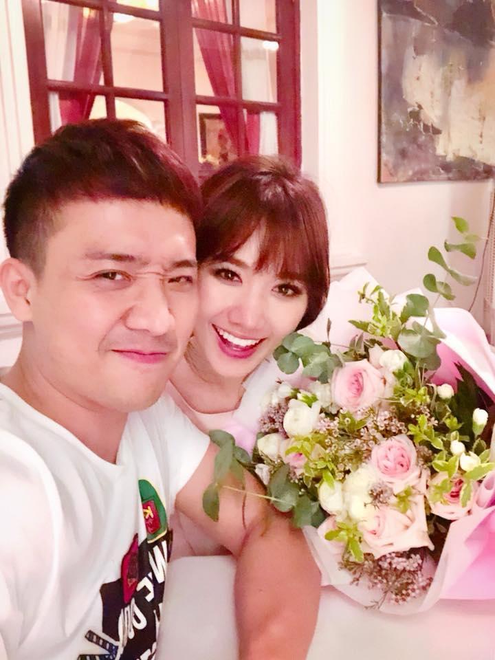 Tin sao Việt: Tiệc kỷ niệm 2 năm yêu nhau của vợ chồng Trấn Thành giản dị không ngờ-1