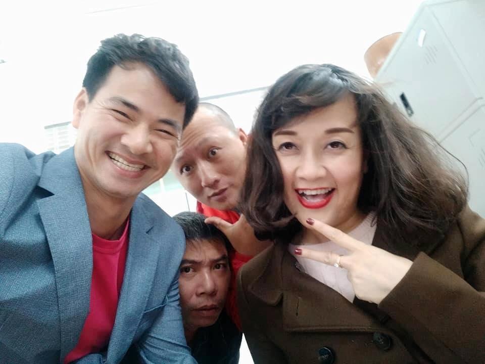 Tin sao Việt: Tiệc kỷ niệm 2 năm yêu nhau của vợ chồng Trấn Thành giản dị không ngờ-6