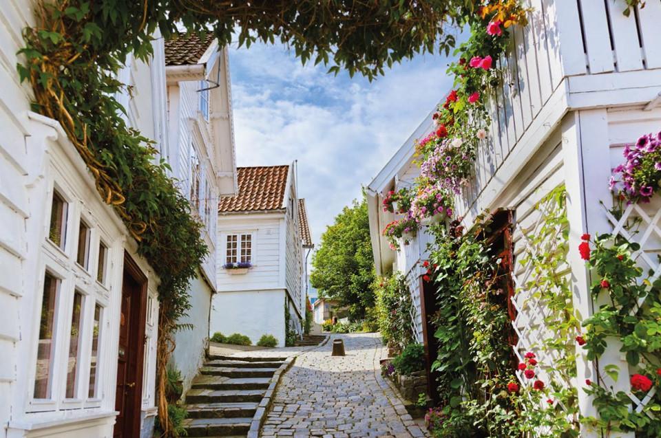 10 địa điểm du lịch lý tưởng vào mùa xuân ở châu Âu-1