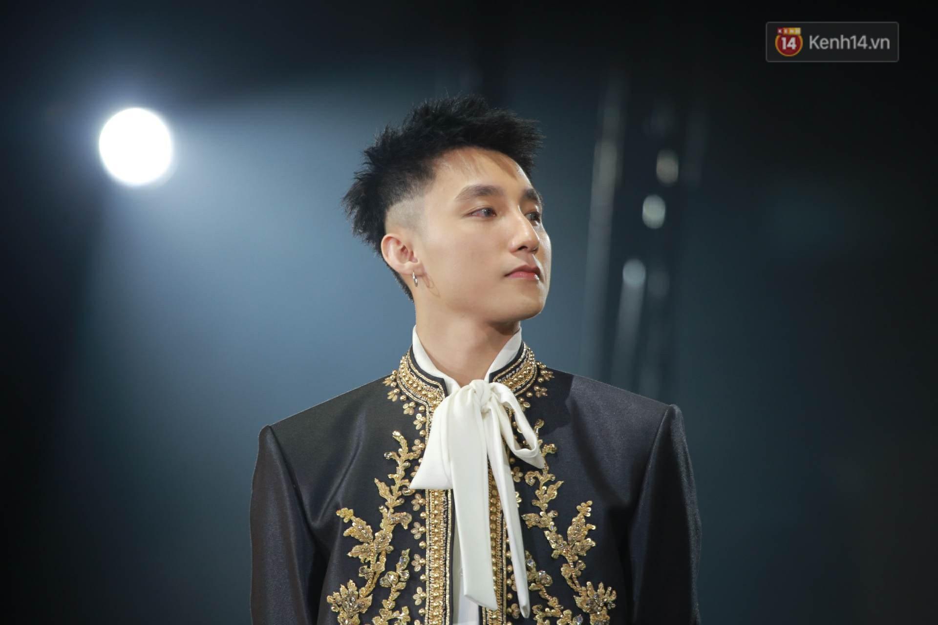 Sơn Tùng lại bạo gan đụng ý tưởng với chiếc jacket trị giá đến 1,4 tỷ đồng của G-Dragon-3