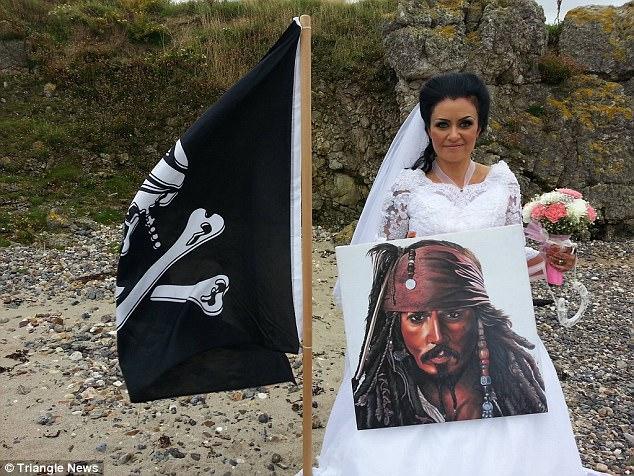 CHUYỆN LẠ: Người phụ nữ kết hôn với hồn ma của cướp biển khét tiếng thế kỷ 18-4