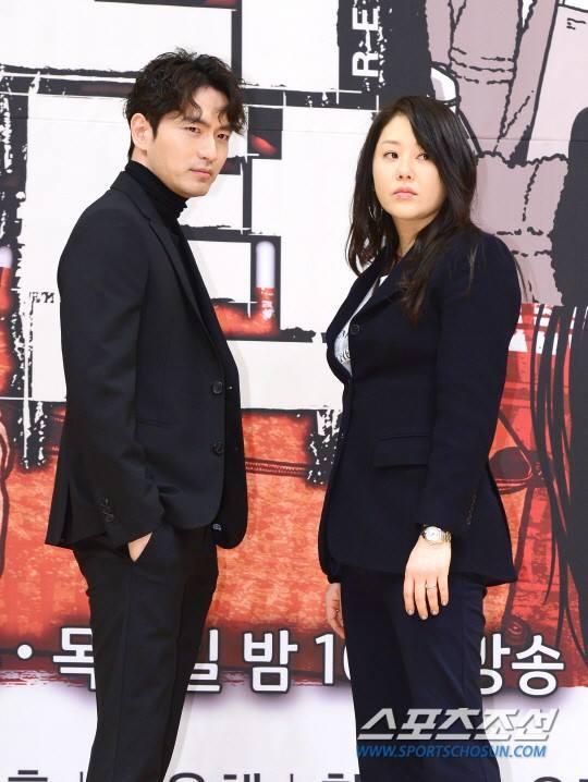 Sao Hàn 15/1: Ghen tị khi Goo Hye Sun được chồng Ahn Jae Hyun chiều hết mực-2