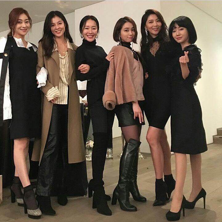 Sao Hàn 15/1: Ghen tị khi Goo Hye Sun được chồng Ahn Jae Hyun chiều hết mực-4