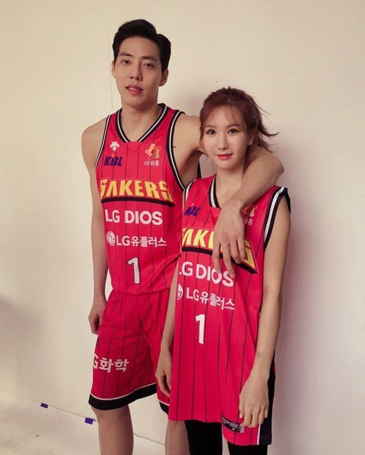 Sao Hàn 15/1: Ghen tị khi Goo Hye Sun được chồng Ahn Jae Hyun chiều hết mực-7