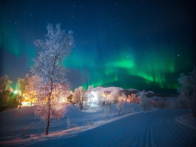 Khung cảnh lung linh ở những nơi ngắm cực quang đẹp nhất thế giới-9