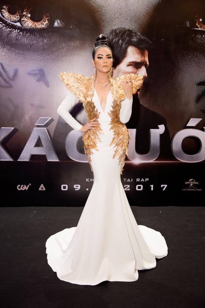 Mỹ nhân Việt lên thảm đỏ là cứ phải cosplay theo phong cách nữ thần, bà hoàng-5