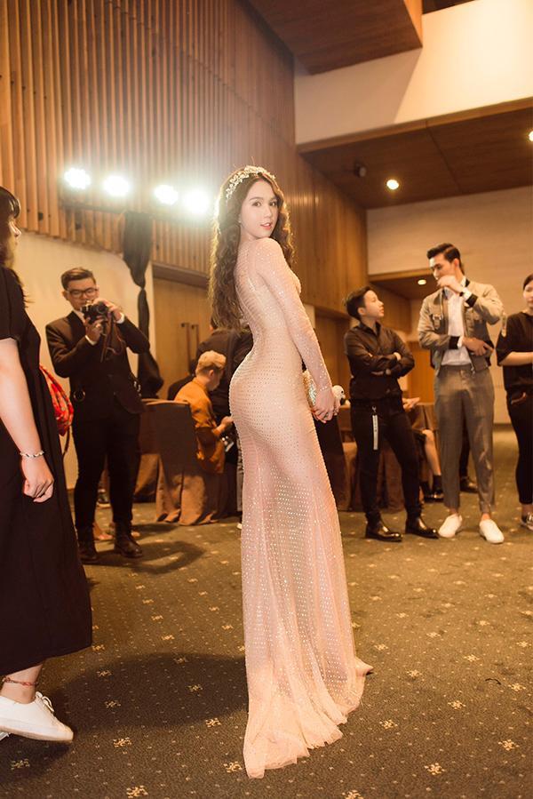Mỹ nhân Việt lên thảm đỏ là cứ phải cosplay theo phong cách nữ thần, bà hoàng-10