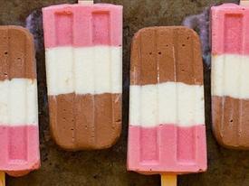 Cách làm kem ba màu đơn giản mà siêu ngon tại nhà