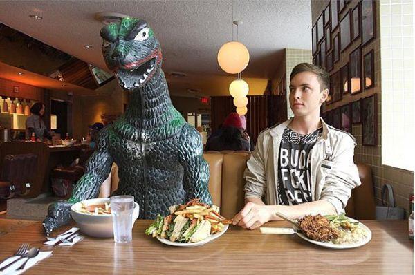 9X cùng anh bạn khủng long đi khắp thế gian-9