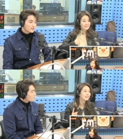 Sao Hàn 16/1: Bạn thân tiết lộ lý do bật khóc trong đám cưới Song joong Ki - Song Hye Kyo-1