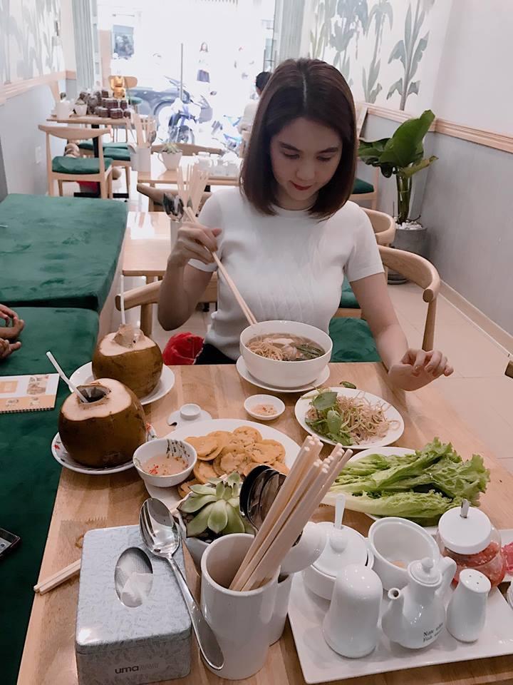 Tin sao Việt: Phi Thanh Vân tự tin đường cong tuyệt mỹ làm tê dại những trái tim-7