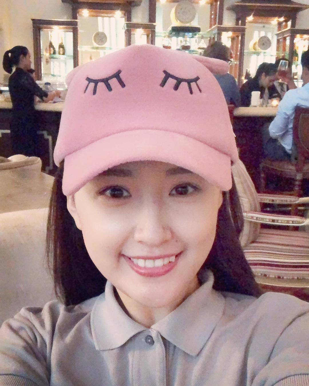 Tin sao Việt: Phi Thanh Vân tự tin đường cong tuyệt mỹ làm tê dại những trái tim-5