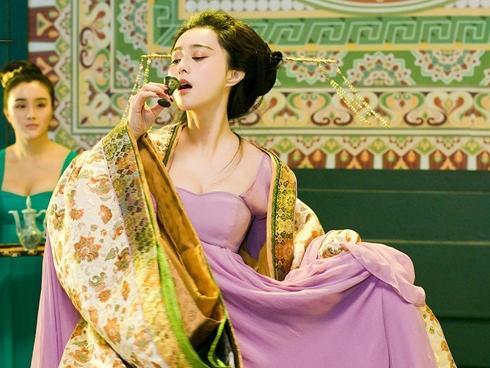 Phạm Băng Băng: 'Nữ hoàng màn ảnh' dính vận đen vì cảnh nóng