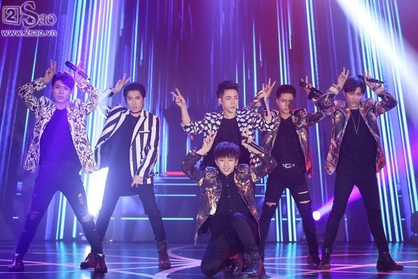 Đông Nhi mashup 5 ca khúc hit trong năm 2017, 2 quán quân The Voice lần đầu song ca-7