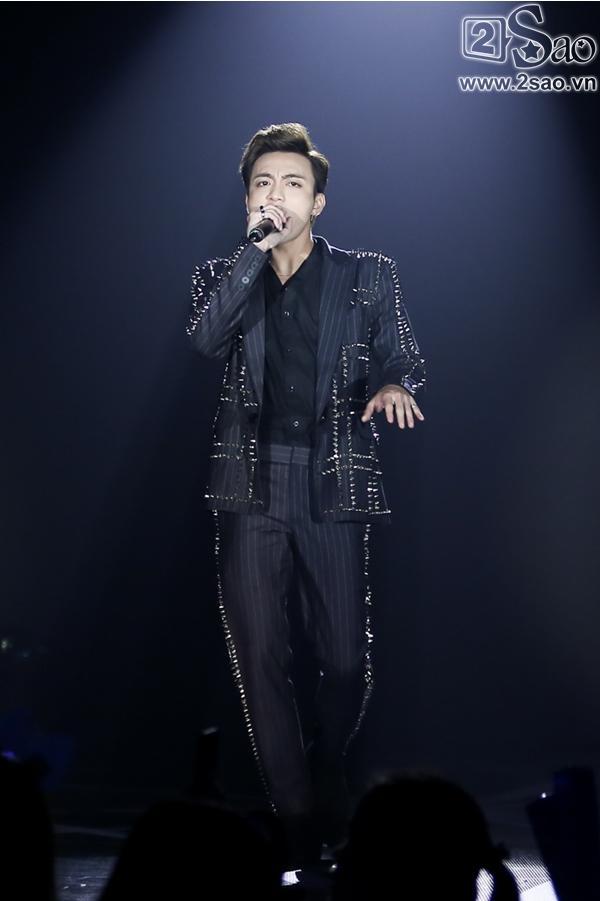 Đông Nhi mashup 5 ca khúc hit trong năm 2017, 2 quán quân The Voice lần đầu song ca-4