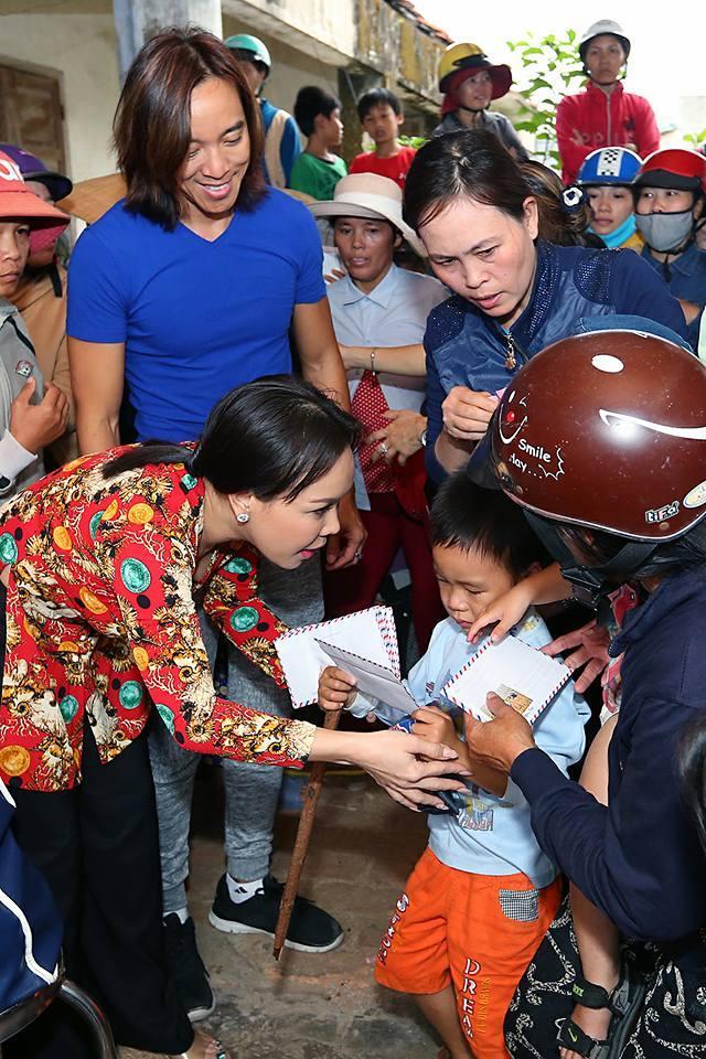 Không những PR miễn phí cho fan, thánh chửi Việt Hương còn hài hước tự nhận mình hóa trang giống chó Bắc Kinh-2