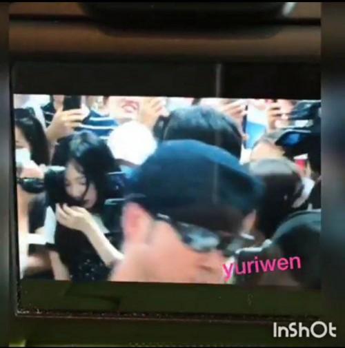 Sau scandal bị xô ngã, netizen phấn khích khi Taeyeon trở lại như… 'con gái chủ tịch'-2