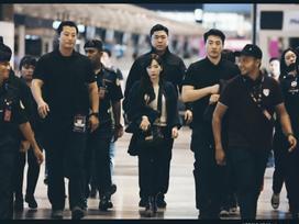Sau scandal bị xô ngã, netizen phấn khích khi Taeyeon trở lại như… 'con gái chủ tịch'
