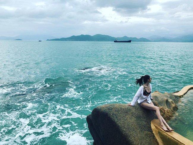 Người mẫu Victorias Secret khoe ảnh sống ảo tại Nha Trang-1