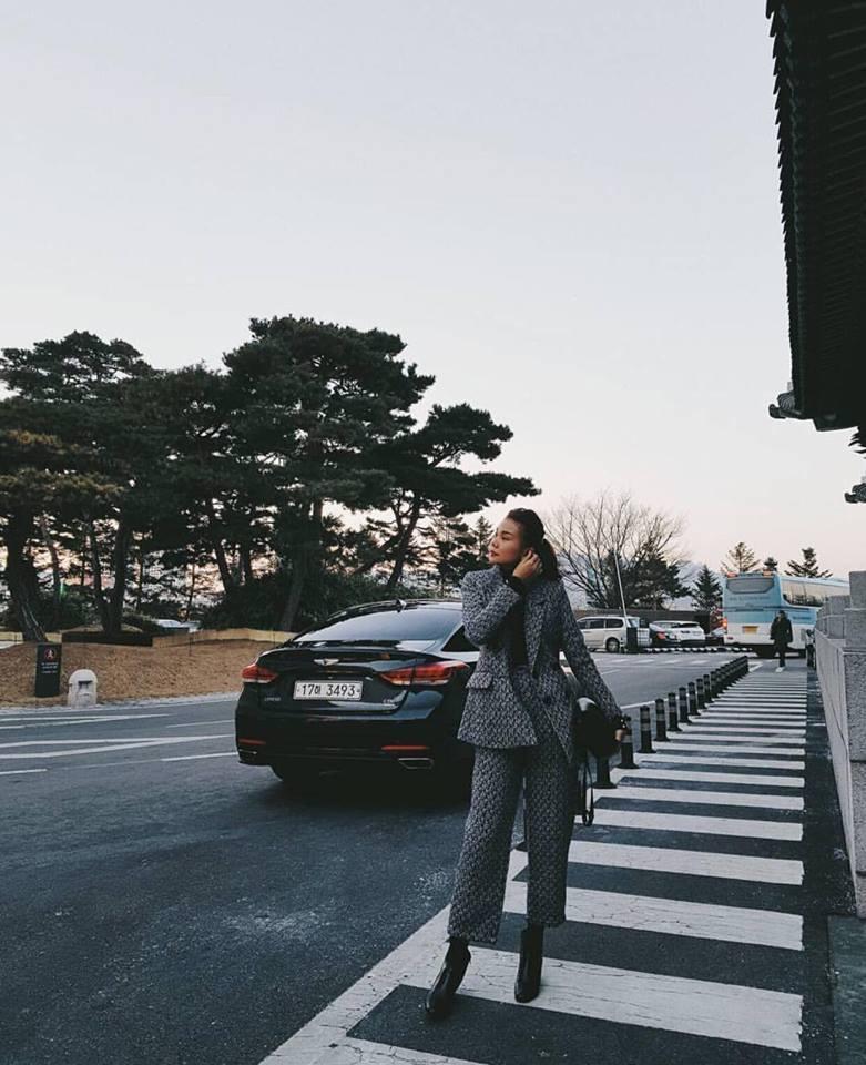 Hồ Ngọc Hà - Huyền Baby lên đồ mát mẻ hết cỡ nổi bật nhất street style tuần qua-6