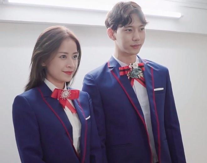 Sau tin đồn hẹn hò, Chi Pu bị bắt gặp xuất hiện cùng mỹ nam Hàn Quốc Jin Ju Hyung?-6