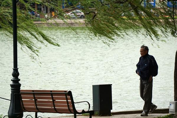 Dự báo thời tiết ngày 18/1: Hà Nội ấm dần, TP HCM có mưa vài nơi-1