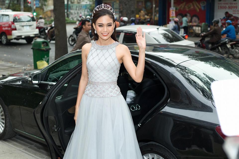 Hết Đặng Thu Thảo, Hari Won... giờ đến Mâu Thủy cũng mê đắm chiếc váy này-2
