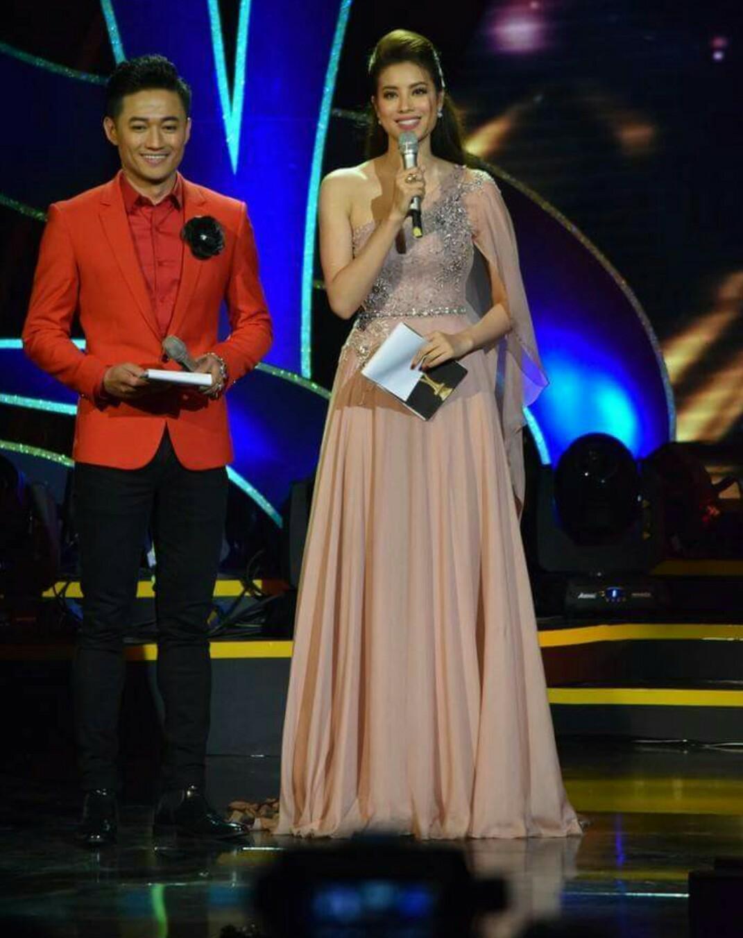 Nhiều sao Việt và khán giả chê cười màn cầu hôn của Trường Giang dành cho Nhã Phương-6