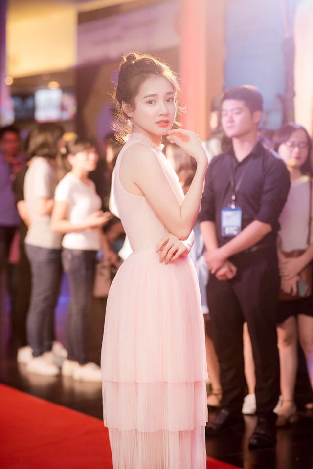Phong cách thảm đỏ như công chúa mà Nhã Phương vô cùng yêu thích-9