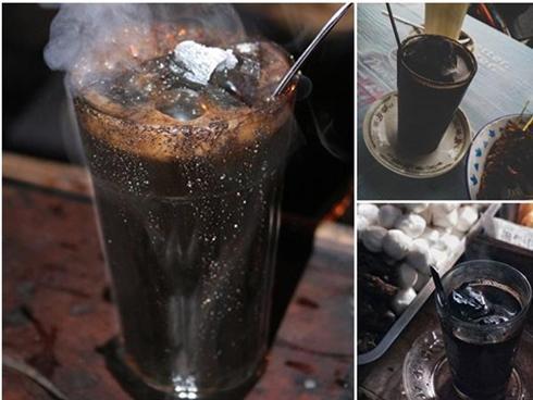 Kỳ lạ món đồ uống từ than chỉ có thể tìm thấy ở một nơi duy nhất trên thế giới
