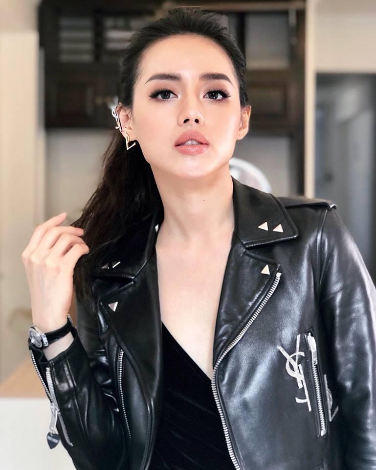 Hot girl - hot boy Việt: Tú Linh nói Lễ trao giải Mai Vàng như show diễn hài-9