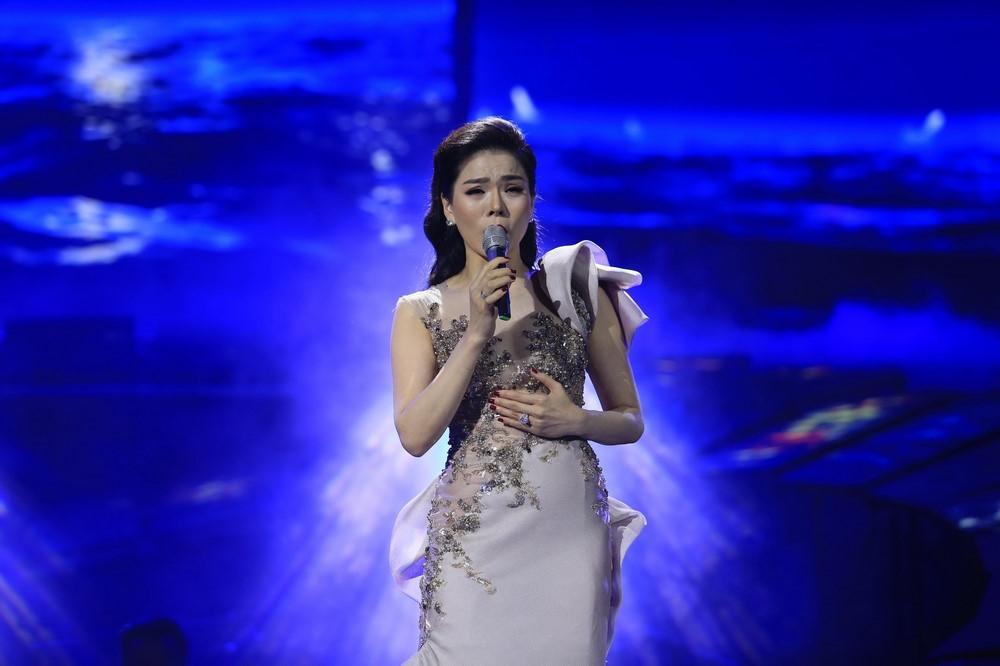 Lệ Quyên hát nhạc Trịnh: Khác lạ đến thảm họa?-1
