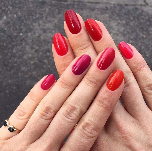 Tết 2018 rồi mà chỉ thích sơn móng tay màu đỏ, sao bạn không thử thay đổi mình?-1
