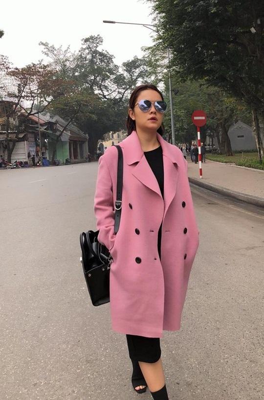 Tin sao Việt: Ngọc Trinh khẳng định vòng eo 56 centimet vẫn còn nguyên vẹn-12