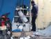 Ngày 19/1, Cơ quan CSĐT Công an tỉnh Nghệ An đã bắt giữ được 2 nghi phạm là anh em trong vụ nổ mìn cây ATM xảy ra vào cuối tháng 12/2017. Tại cơ quan điều tra, nghi phạm khai do thiếu tiền trả nợ đã mua thuốc nổ, chế tạo mìn rồi rủ em họ đi phá cây ATM nhằm cướp số tiền trong máy.