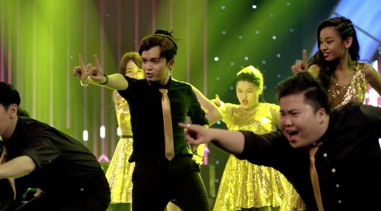 Hit Gạt đi nước mắt của Noo Phước Thịnh bị chê thảm họa trong tập cuối Glee-5