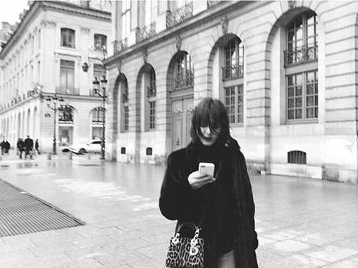 Sao Hàn 21/1: Song Hye Kyo khoe ảnh nghệ thuật tại Paris