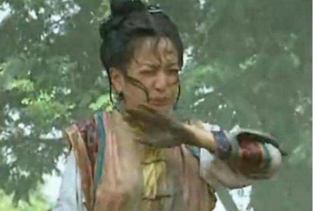 Châu Kiệt lại tiết lộ gây sốc: Triệu Vy phải uống nước phân ngựa trong Hoàn Châu cách cách-4