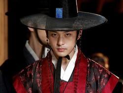 Sốc: Em trai ruột Ha Ji Won tự tử vì bệnh trầm cảm