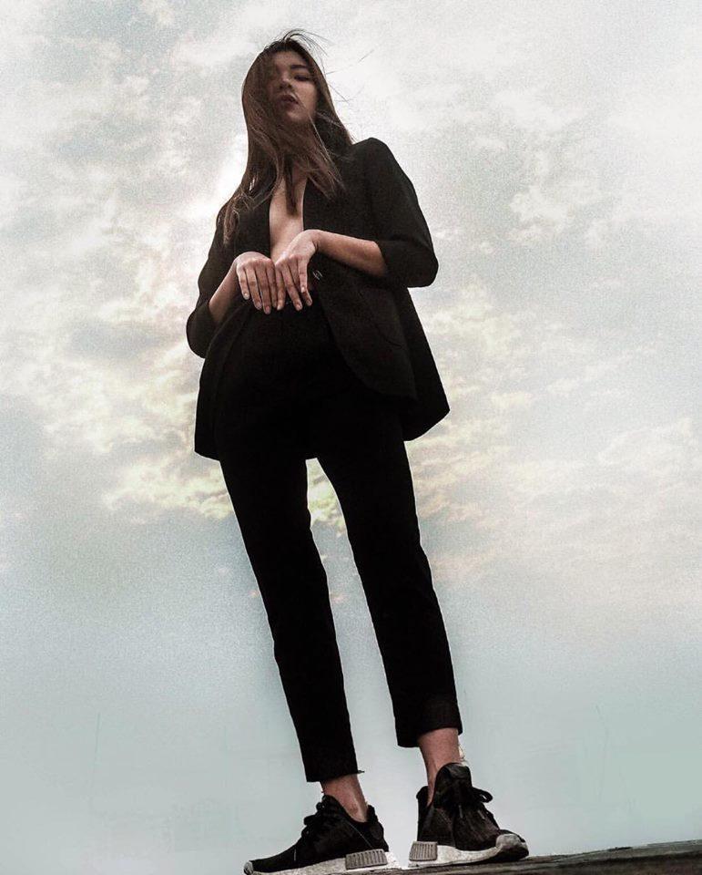 Đồng Ánh Quỳnh - Khánh Linh The Face đứng đầu street style đẹp tuần qua nhờ suit không nội y-1