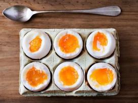 Thực đơn ăn kiêng giúp giảm 10 kg trong 2 tuần với trứng luộc