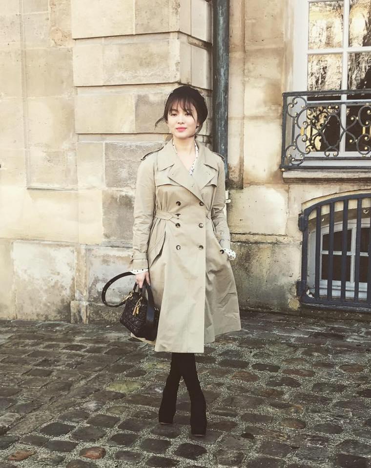 Song Hye Kyo giản dị vẫn đẹp hết nấc tại Paris-5