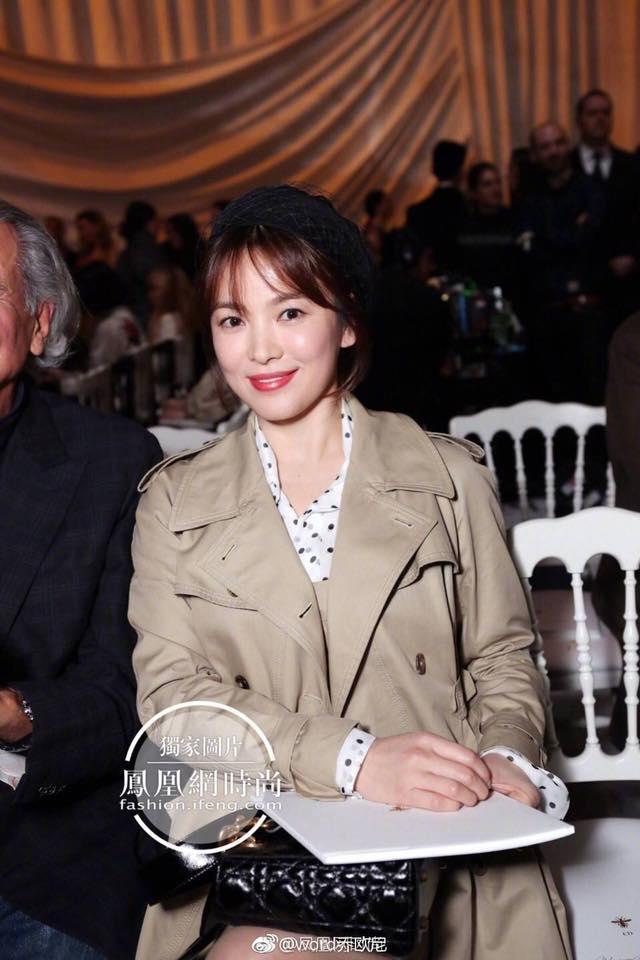 Song Hye Kyo giản dị vẫn đẹp hết nấc tại Paris