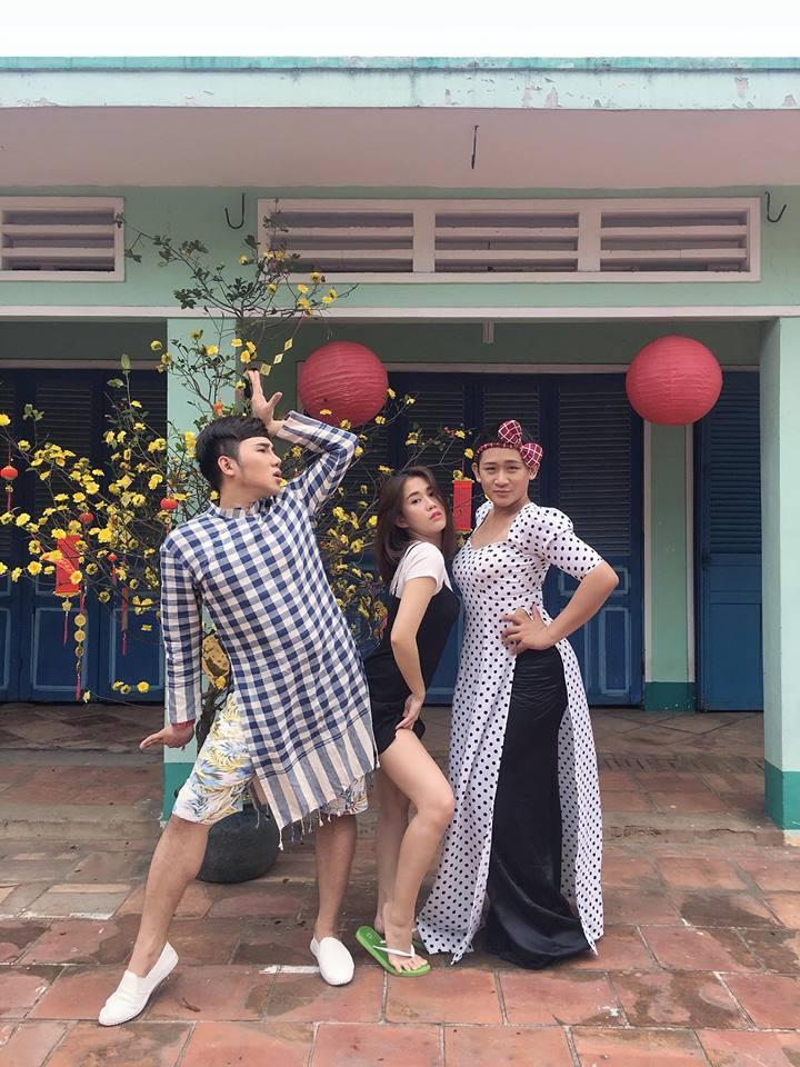 Hot girl - hot boy Việt: Tú Linh bày tỏ quan điểm khi báo chí tung hô U23 Việt Nam quá đà-4