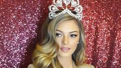 Hoa hậu Hoàn vũ 2017 khoe vẻ đẹp mê hồn khi diện lại chiếc đầm định mệnh