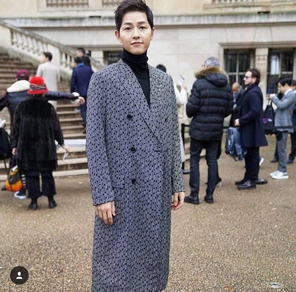 Song Hye Kyo - Song Joong Ki chiếm sóng bảng thời trang sao Hàn tuần qua-4