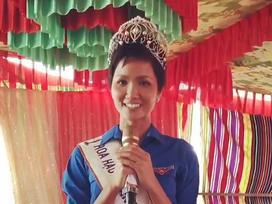Từ buôn làng Ê Đê, hoa hậu H'Hen Niê gửi lời chúc chiến thắng tới U23 Việt Nam